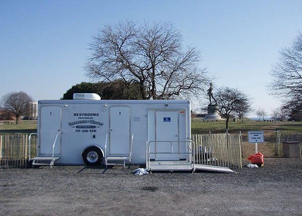 luxury restroom trailers rh chamberlinandwingert com